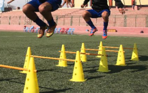 Dynamic Warm Up Over a short distance, use a variety of jogging, backpedaling, shuffling, sprinting, and jumping